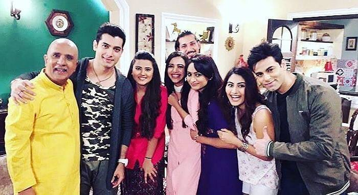 Kasam Tere Pyar Ki 26th June 2018 Written Episode – Catty Billi